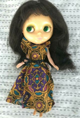 Vintage Rare 1972 Kenner Blythe Doll Green Eyed Brunette With 3 Dresses