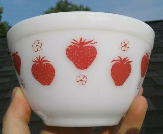 Pyrex Red Strawberry Rare 401 Bowl Unmarked Htf Fruit Holy Grail Flat Bottom Key