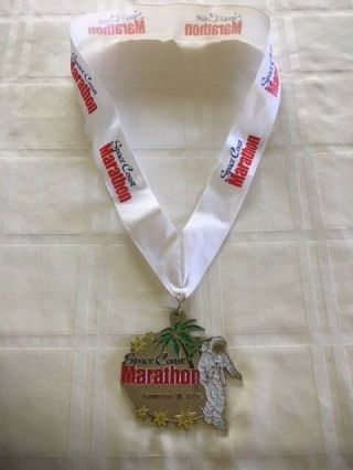Rare 2008 Space Coast Marathon Finishers Medal Palm Tree / Astronaut Design