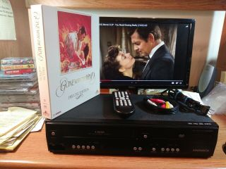 Magnavox 2009 Dvd Vcr Player Combo Dv220mw - Remote - Ac Plugs - Very Rare Vhs Movie