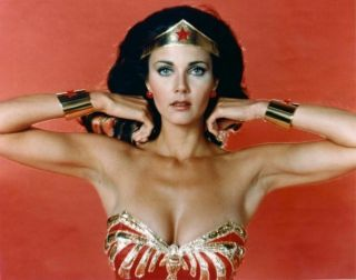 Rare 16mm Tv: Spaced Out (wonder Woman) Kodak Sp Color / Lynda Carter