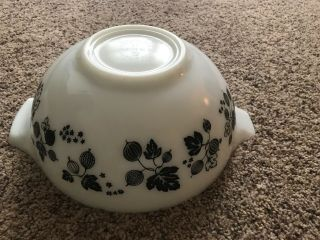 Rare Htf Vintage Pyrex Black And White Gooseberry Bowl 2 1/2 Quart 443