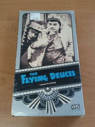 The Flying Deuces Vhs Rare Vci Command Performance Laurel Hardy