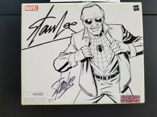 Marvel Legends (sdcc) Stan Lee Action Figure Signed On Outsude Of Box.  W/