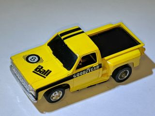 Tyco Slot Car 8 Ball Chevy Stepside Yellow Pick Up Truck