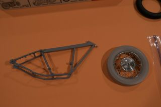 Revell Triumph Drag Bike Or Motorcycle Parts