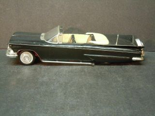 Amt 1961 Valiant Box With 1959 Buick Car Inside Car Customizing Kit
