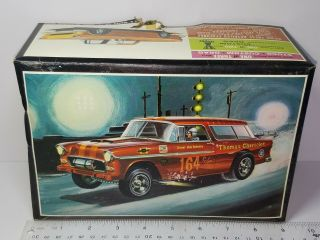 1/25 Amt 1955 Chevrolet Nomad Unsealed Model Kit