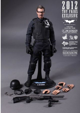 Hot Toys Lt.  Jim Gordon S.  W.  A.  T.  Version Action Figure Item 901837