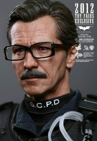 Hot Toys Mms182 Dark Knight Jim Gordon Swat Suit Version 1/6
