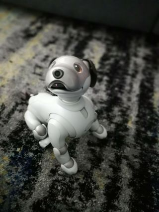 Sony Aibo Ers - 1000 Robot Dog,  Us Limited Edition (not A Japanese Import)
