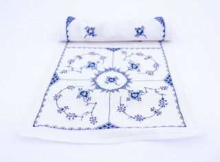 A Broidered Cloth - Blue Fluted - Royal Copenhagen
