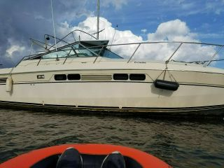 1984 Chris Craft Commander