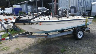 2001 Mckee Craft Angler 14
