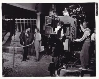 Loretta Young Candid Camera Crew Fox Studio Set Vintage 1937 Photo