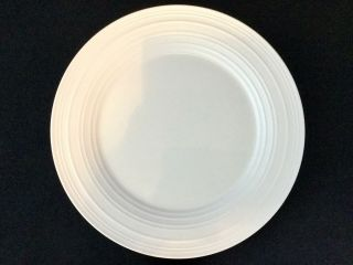 "Set Of 4 Mikasa Swirl White Dj100 11 3/8 "" Dinner Plates - Ships"