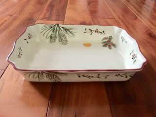 Better Homes & Gardens Heritage Winter Christmas Casserole Dish