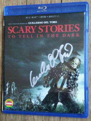 """Guillermo Del Toro """" Autographed """" Scary Stories To Tell In The Dark Blu Ray/dvd"""