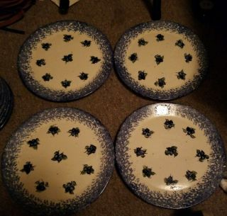 4 Rare Blueberry Hand Crafted Spongeware Dinner Plates Made In Maine 9 3/4in