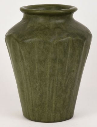 "Fantastic Arts And Crafts Matt Green Vase 9.  5 "" Tall Mold And Color"