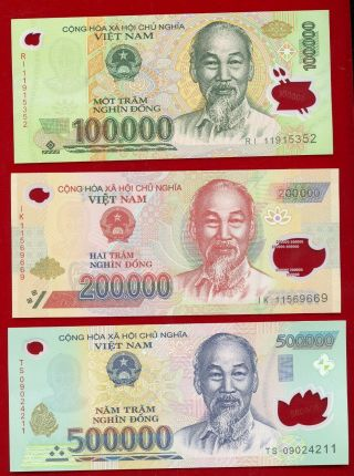 "Vietnam Three Polymer Notes "" Uncirculated "" 500,  000,  200,  000 & 100,  000 Dong"