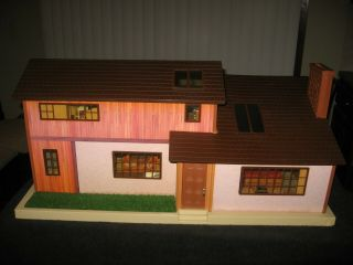 Tomy Smaller Home And Garden Dollhouse Homes Doll House And Furniture